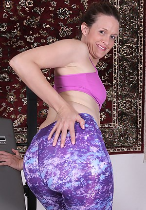 Moms Spandex Porn Pictures