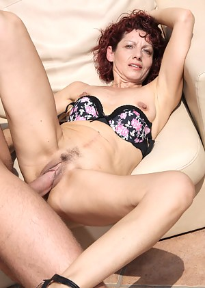 Moms Hardcore Porn Pictures